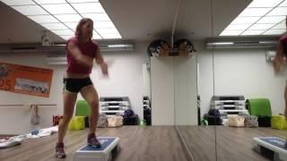 Cardio-Turbo-Intervall Step Aerobic mit Curl Hops 17.06.2017
