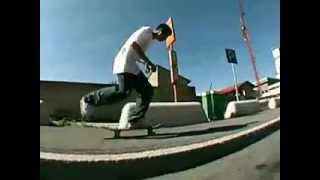 Addicted to skateboarding Interview - Street video part