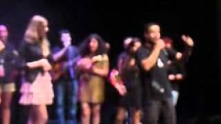 Chuva de Estrelas 2011 ARCA -Alvarim -Vencedora Rita Miranda canta+Plateia  -p1500136.avi