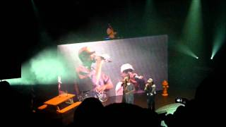 3. Snoop Dogg - Gin & Juice (Live at O2 Apollo Manchester [15th July 2011] Doggystyle Tour)