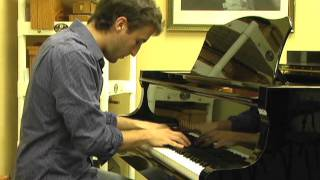 Chris Brown & Benny Benassi- Beautiful People- Piano Cover