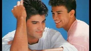 Adalberto & Adriano - Você Só Me Faz Feliz
