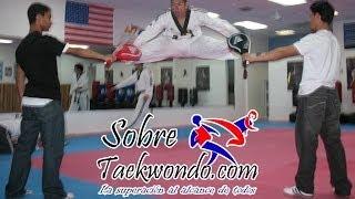 Entrenamiento de Taekwondo (Taekwondo training)