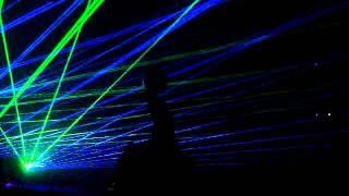 Swedish House Mafia play Be / Leave the world Behind Live @ Creamfields UK 2011