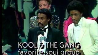 Kool and the Gang win Favorite Soul Group - AMA 1983