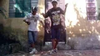 OS TERRIVEIS.. LuCaS  e GabrieL  , dançando a musika do Chis Brown'   Parte 1