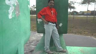 cantor -Graciano ferreira -estava sentado na praia