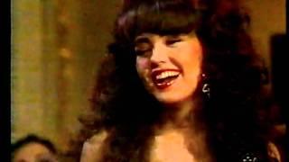 Thalia canta na novela Maria Mercedes (SBT 1996) by @renaron
