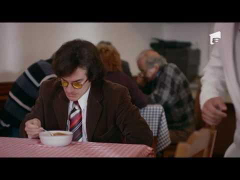 """Ospătarul Puiu Călinescu: """"Bucătarul vă întreabă dacă doriţi puiul înăbuşit? Noi, de obic, In Puii Mei"""