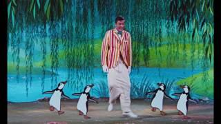 Mary Poppins | Extrait : La Danse Des Pingouins | Disney BE