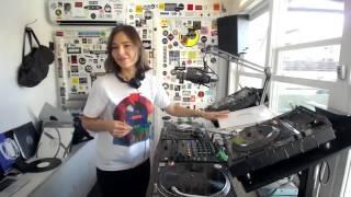 Nina Kraviz - Live @ The Lot Radio 2017 (Techno)