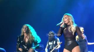 Demi Lovato ft. Paulina Rubio - Girls Just Wanna Have Fun - Mexico City 16.10.2016