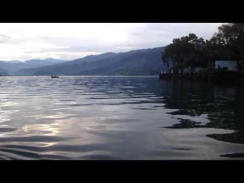 Boat trip Pokhara lake, Nepal – part 1