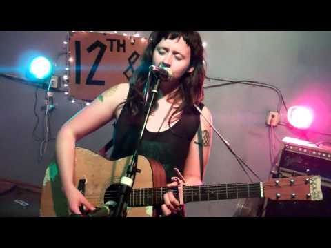 waxahatchee-bathtub-live-at-vlhs-3-5-2012-2-of-4-razorcakegorsky