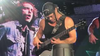 Robert Trujillo bass doodle pasedena rosebowl 7/29/2017