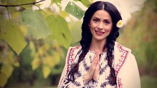 Raluca Burcea -  Maica, inima mi-e grea OFFiCIAL Video 2016