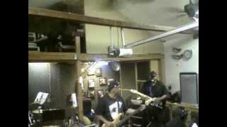 "The Band ""Mainline"" (feat. Renny J), Doing The Montell Jordan Cover Song, ""This Is How We Do It"""