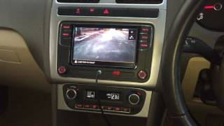 VW Polo/Vento : install rear view camera with delay timer RCD 330+