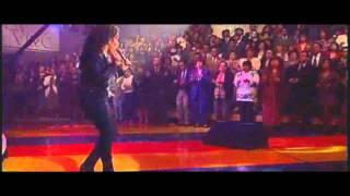 Selena y Los Kumbia Kings- La Carcacha
