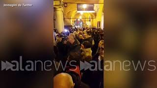 "Le ""Sardine"" a Modena: in 7mila in piazza Grande"