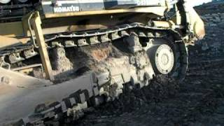 Komatsu  575 Superdozer walkaround