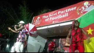 Big G Baba performing Something is wrong in limbe (Music Camerounaise)