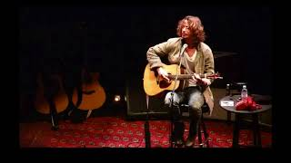 Chris Cornell - Stay (Rihanna Cover/Tease) - Chicago, IL 11.01.2013