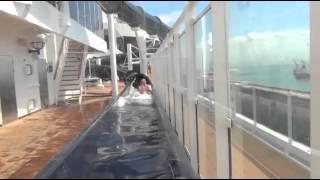 Vertigo - O maior toboágua em navio do mundo.