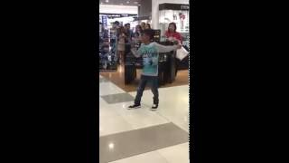 "Beyonce ""Listen"" cover - kid in Philippines shopping mall"