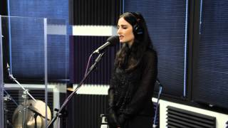 BANKS -  Na Na (Trey Songz Cover - Live at Channel 93.3 Garage)