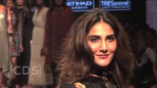 Bollywood Actress Hottest Ramp Walk In Fashion Show 2017 !! width=