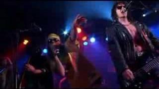 Dust n' Bones - It's so Easy - live in Venna