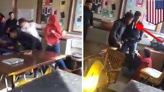 Siswa memukul temannya yang menyakiti guru - Tomonews
