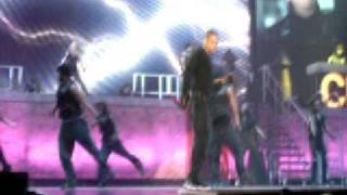 Chris Brown - Wall to Wall Live M.E.N