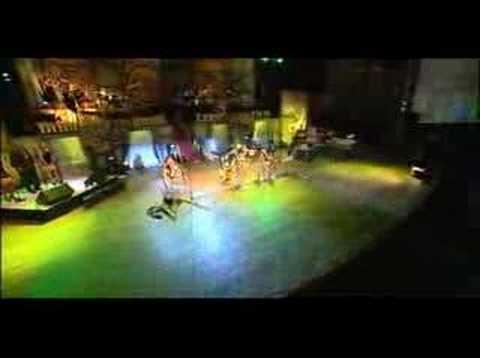 Kusi Kuqtam Munayky de Alborada Letra y Video
