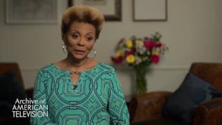 Leslie Uggams on performing at the Apollo as a child - EMMYTVLEGENDS.ORG
