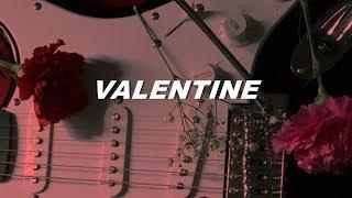 5sos - valentine (lyrics)