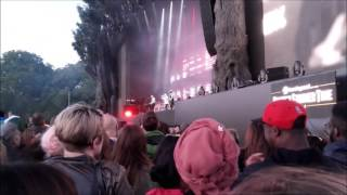 Massive Attack feat. Young Fathers - Voodoo In My Blood @ London, 1 July 2016