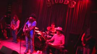 Stay Here and Drank - Cody Jinks and The Tone Deaf Hippies