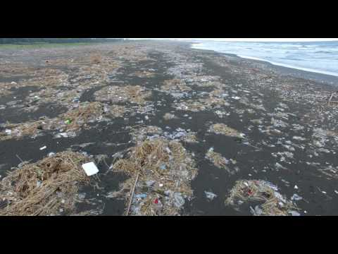 Beautiful seaside, such as garbage dumps...Taiwan  2017/8