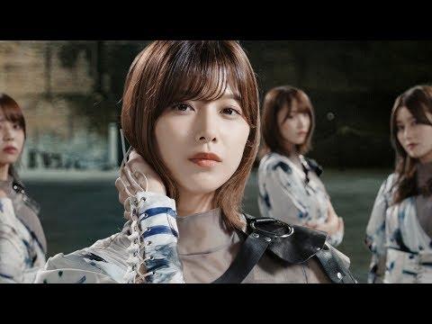 欅坂46、クールなウォーキング! CM楽曲は「10月のプールに飛び込んだ」 メチャカリ新TVCM「Color Bomb...