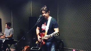 Ian Veneracion pina kilig ang Social Media sa Galing mag Guitara