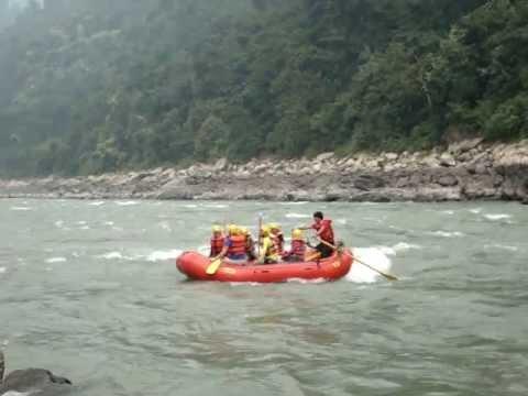 Rafting in Nepal 2