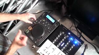 DJ LESSON ON HOW TO DO A SPIN BACK AND ADD A HOT CUE ON THE KAM KCD 550USB  CD PLAYER