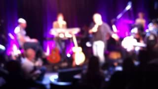 """שלמה ובן ארצי שרים את  """"אני אפס"""" בזאפה  16.4.2012"""