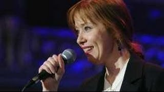 Suzanne Vega 'ready for Glastonbury'