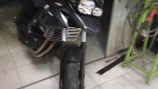 Agora o protetor de radiador F700GS