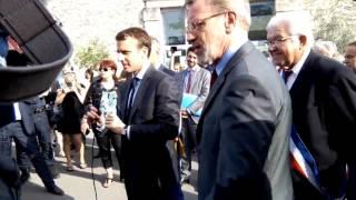 Macron humilier par des salariés devant les caméras