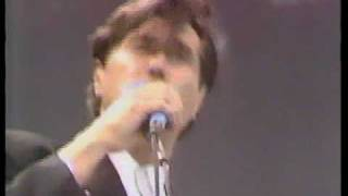 Brian Ferry Slave to love @ Live Aid 85