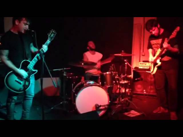 Video en directo de The Attack Of The Brain Eaters